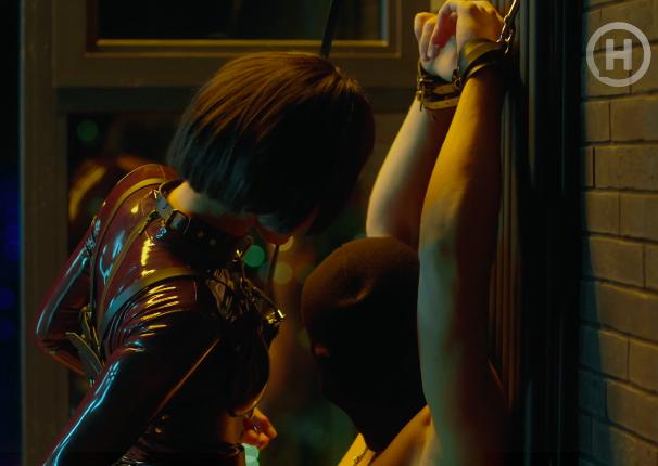 Сцена сексу з Вікторією Литвиненко і Максом Девізоровим.