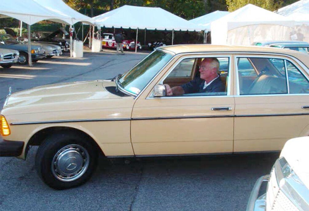 Машина регулярно знаходиться в поїздках з 1983 року
