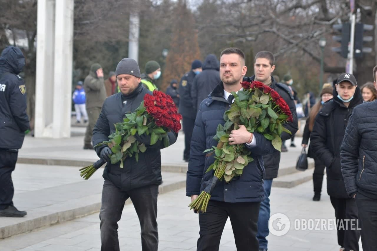 Церемония прощания с Кернесом в центре Харькова