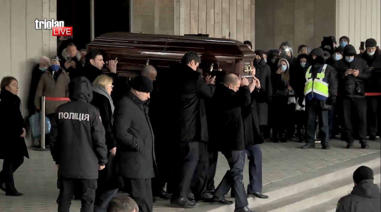 Ритуальная служба на похоронах