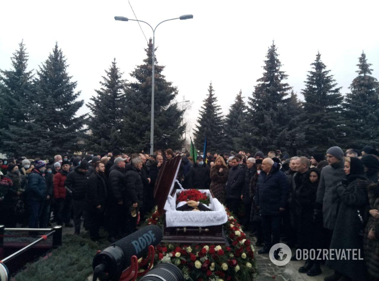 Церемония погребения Кернеса