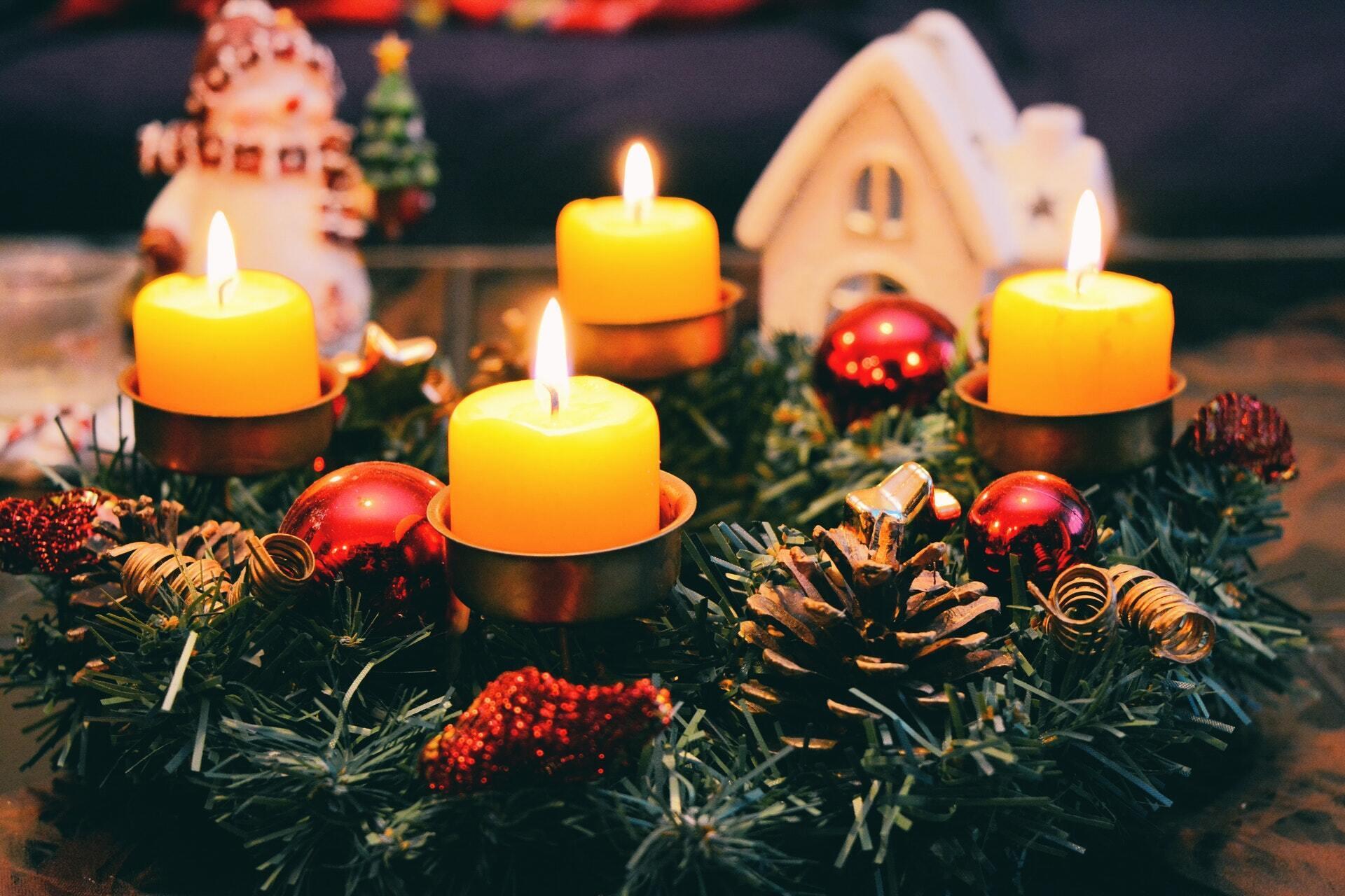 Після вечері 24 грудня католики вирушають до церкви на урочисту месу
