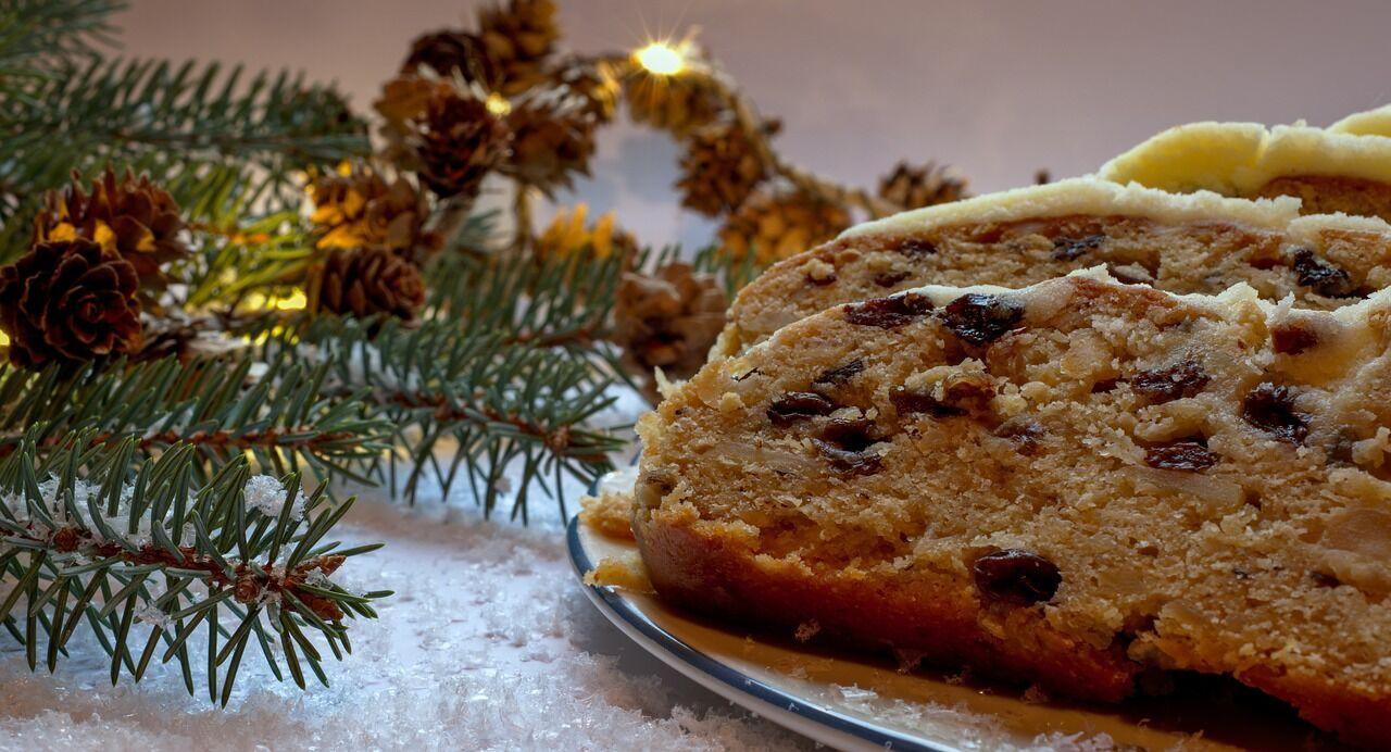У Святвечір у католиків прийнято подавати до вечері сім видів солодкої випічки