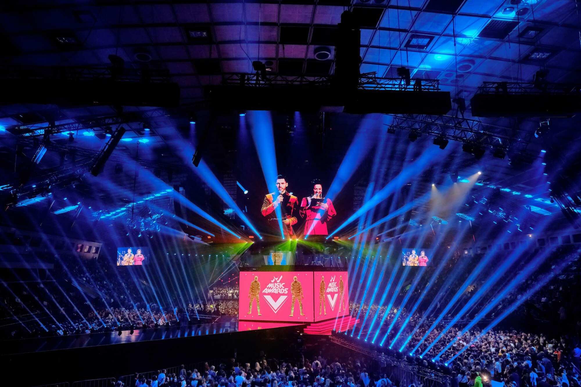 M1 Music Awards. П'ять