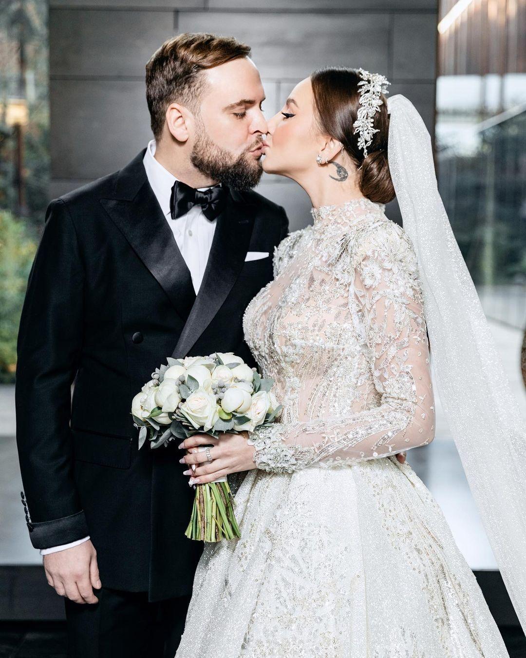 Asti та її чоловік