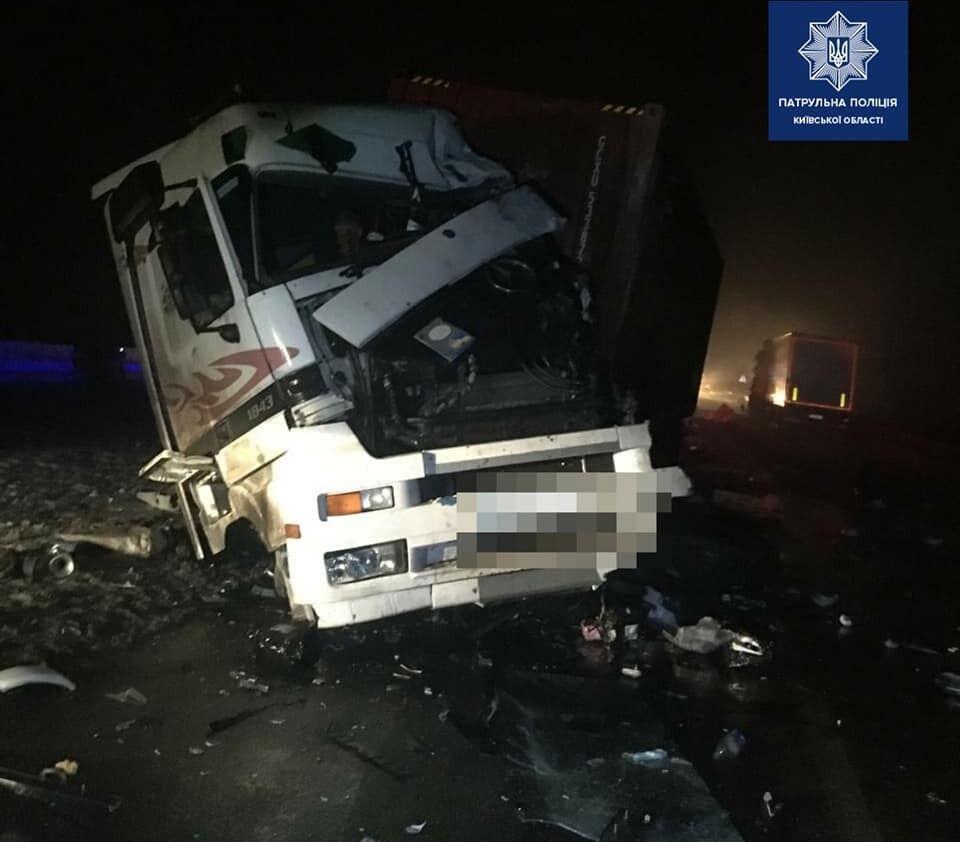Один из водителей погиб на месте.