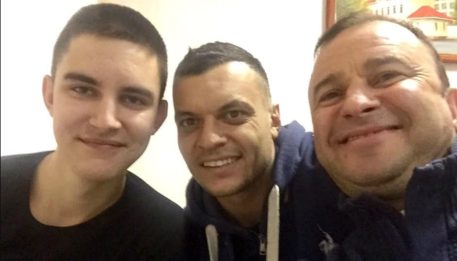 Віктор Павлік з синами