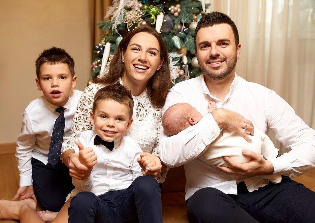 Григорій Решетник з сім'єю.
