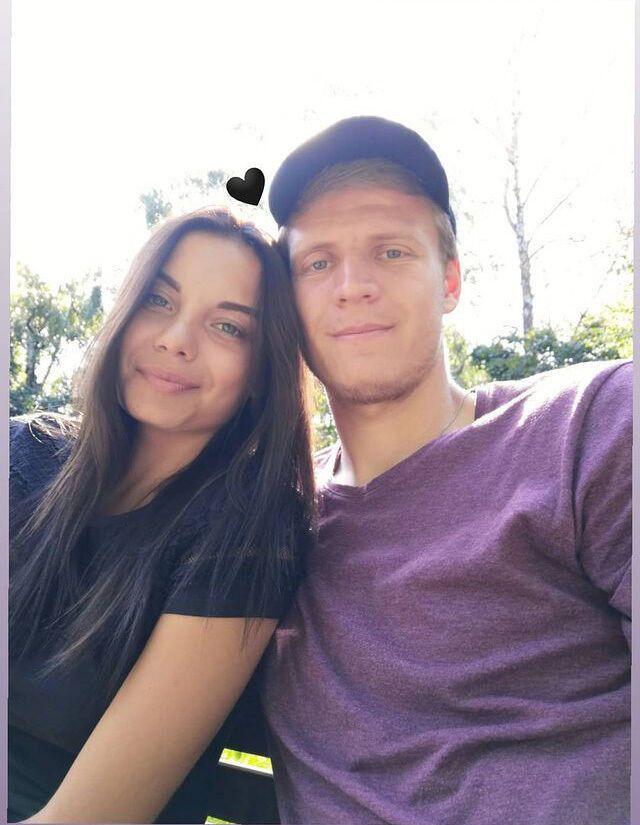 Влад і Дарина Кучеруки під час селфі