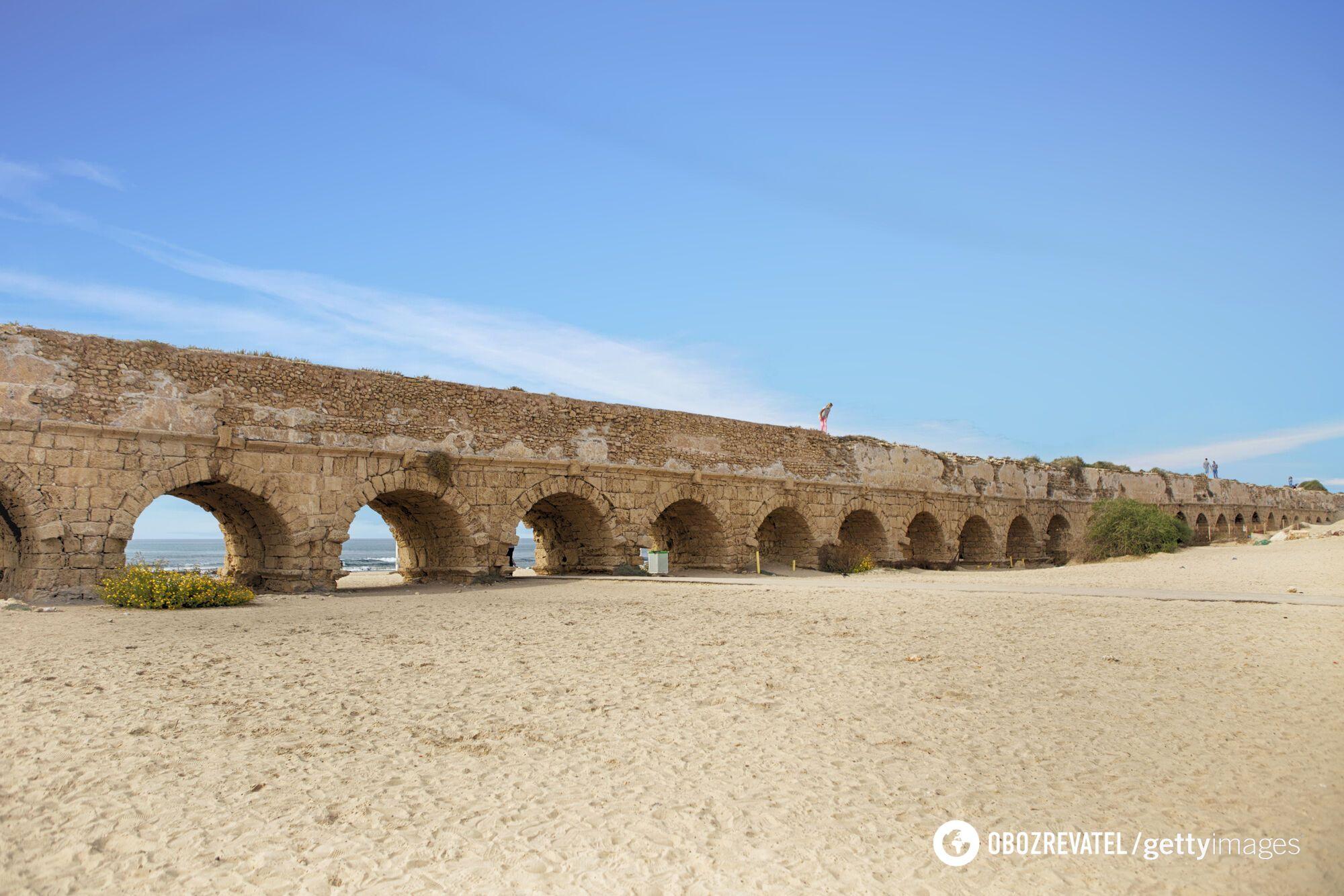 Акведук в Кейсарии