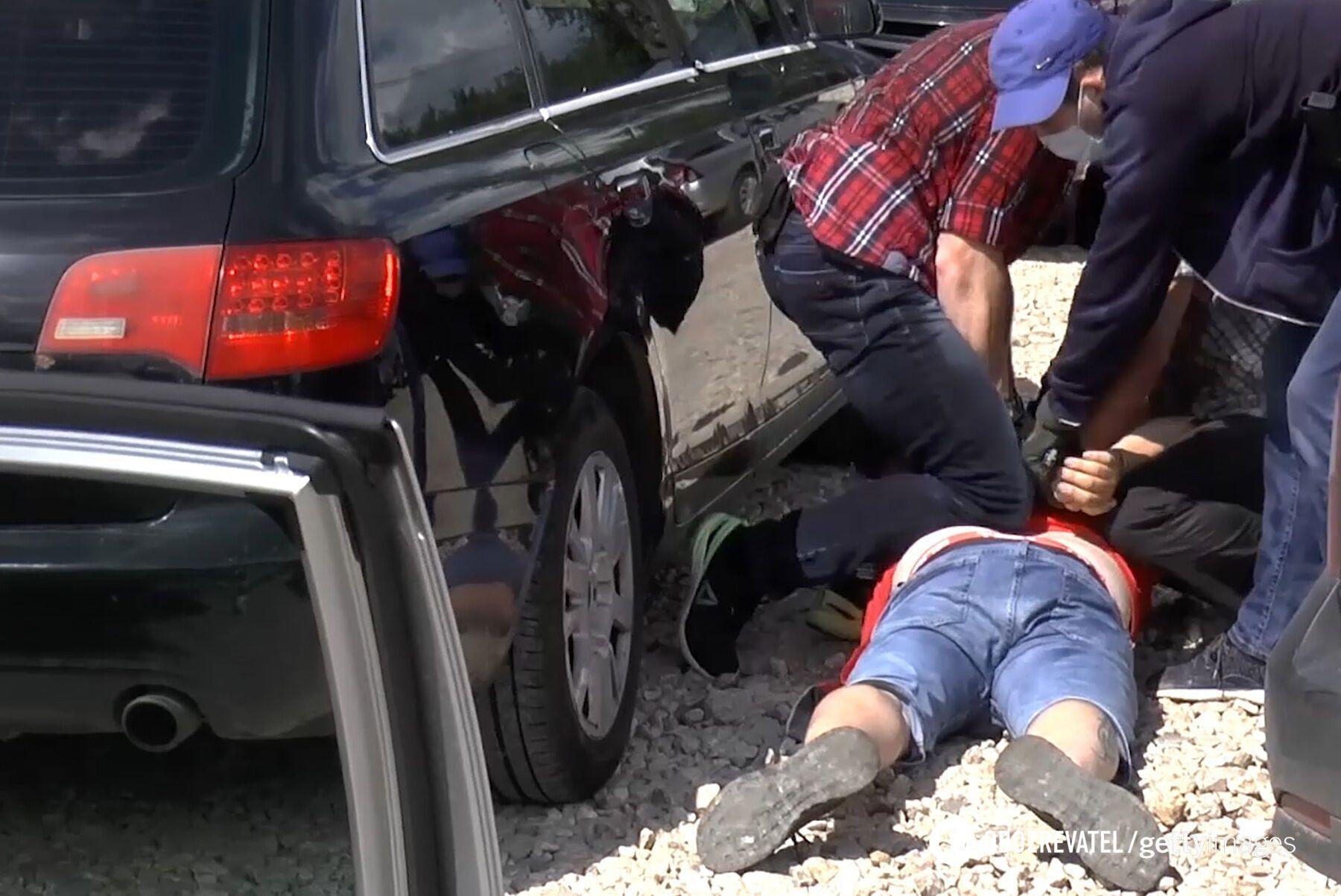 Задержание сотрудниками ФСБ банды россиян