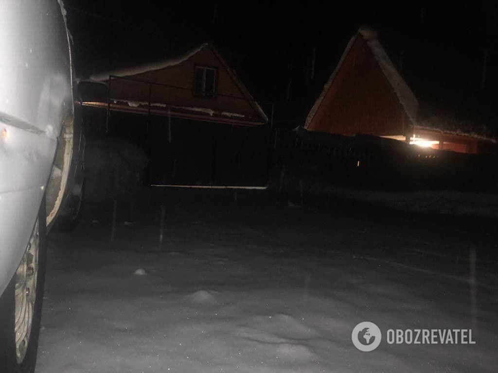 Дом на Алтае, где жил Долгов. Фото сделано во время операции по установке аппаратуры