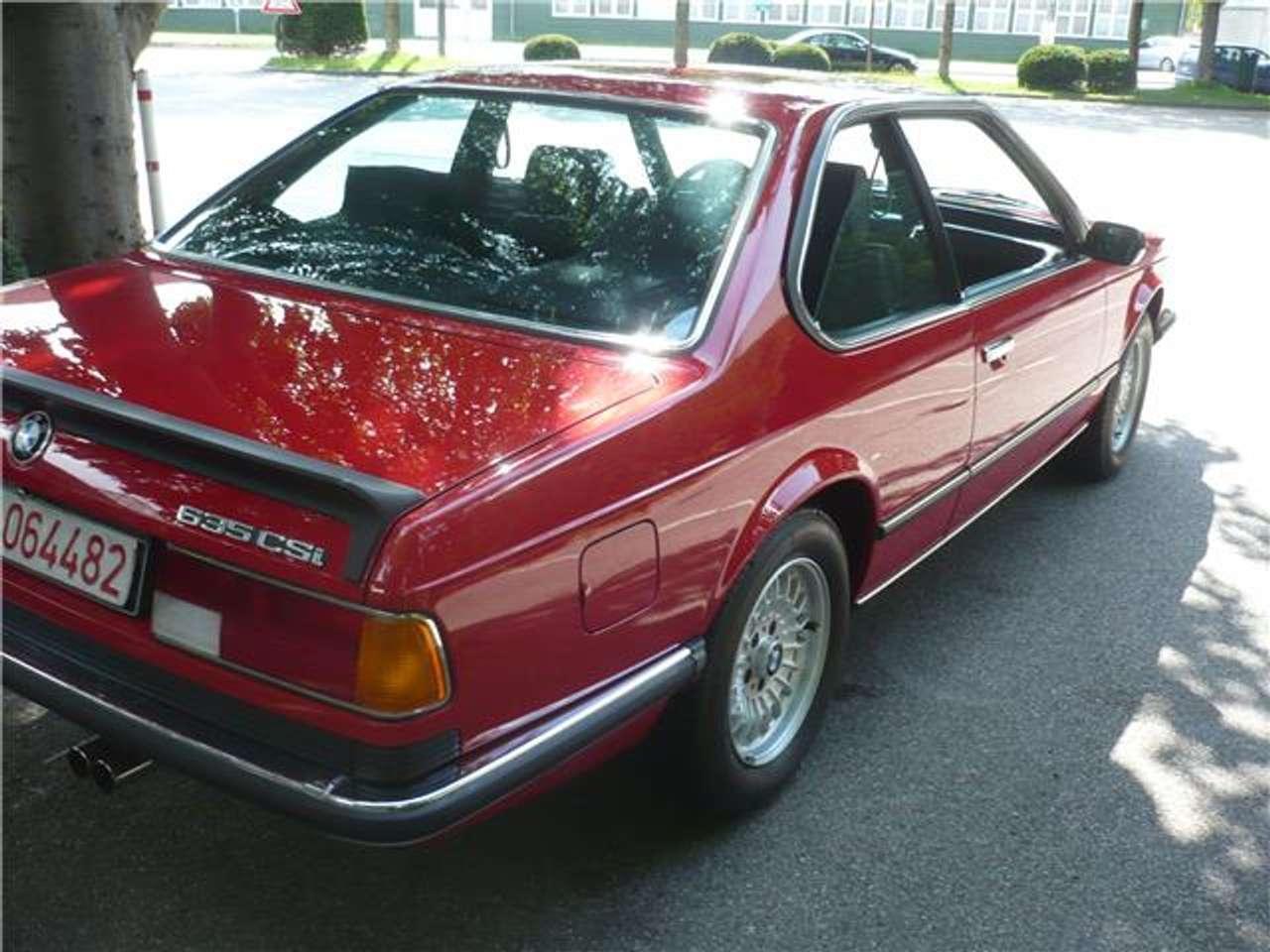 Спортивне купе BMW 635 CSi випускалося з 1978 по 1989 рік