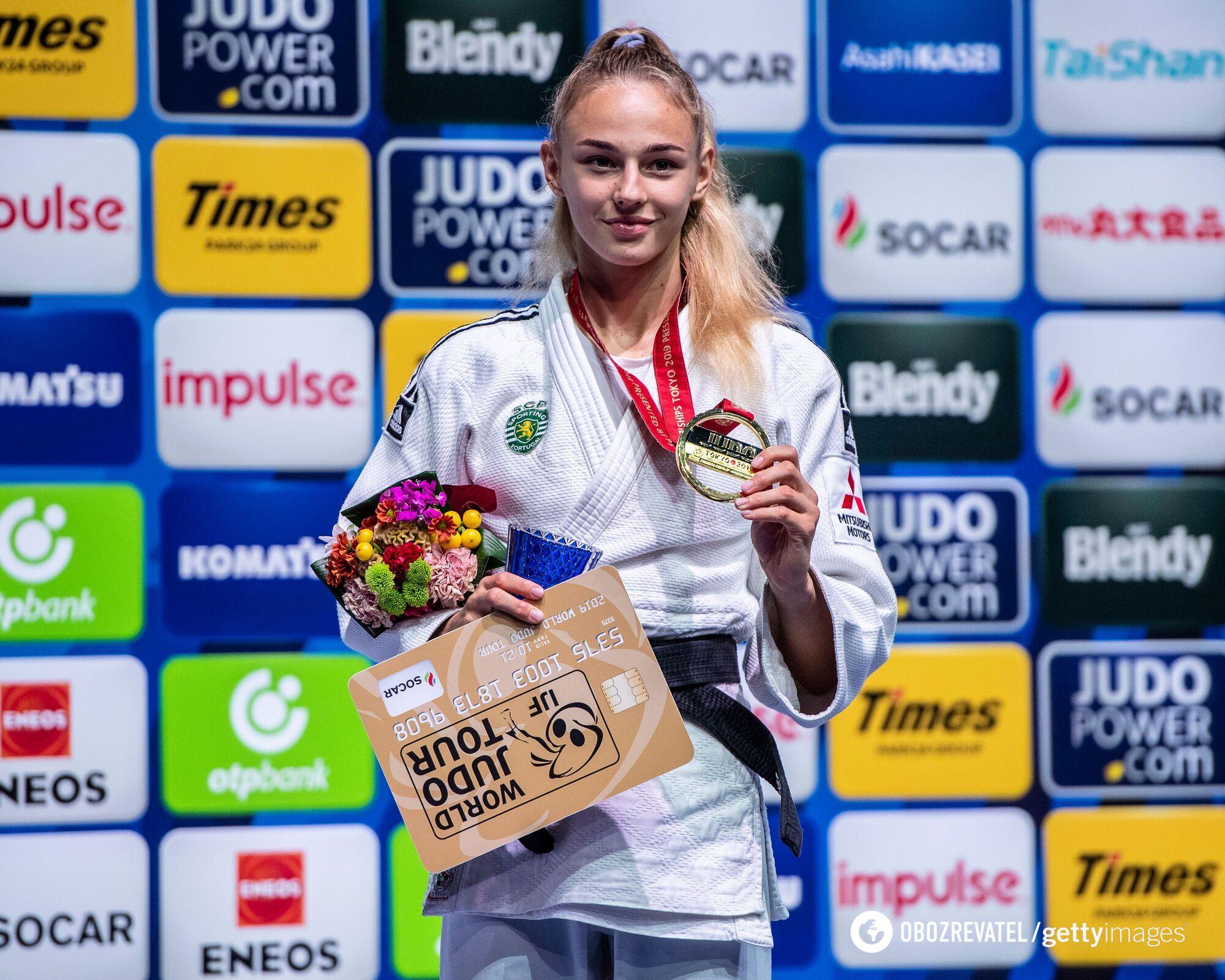 Дарья Белодед с медалью