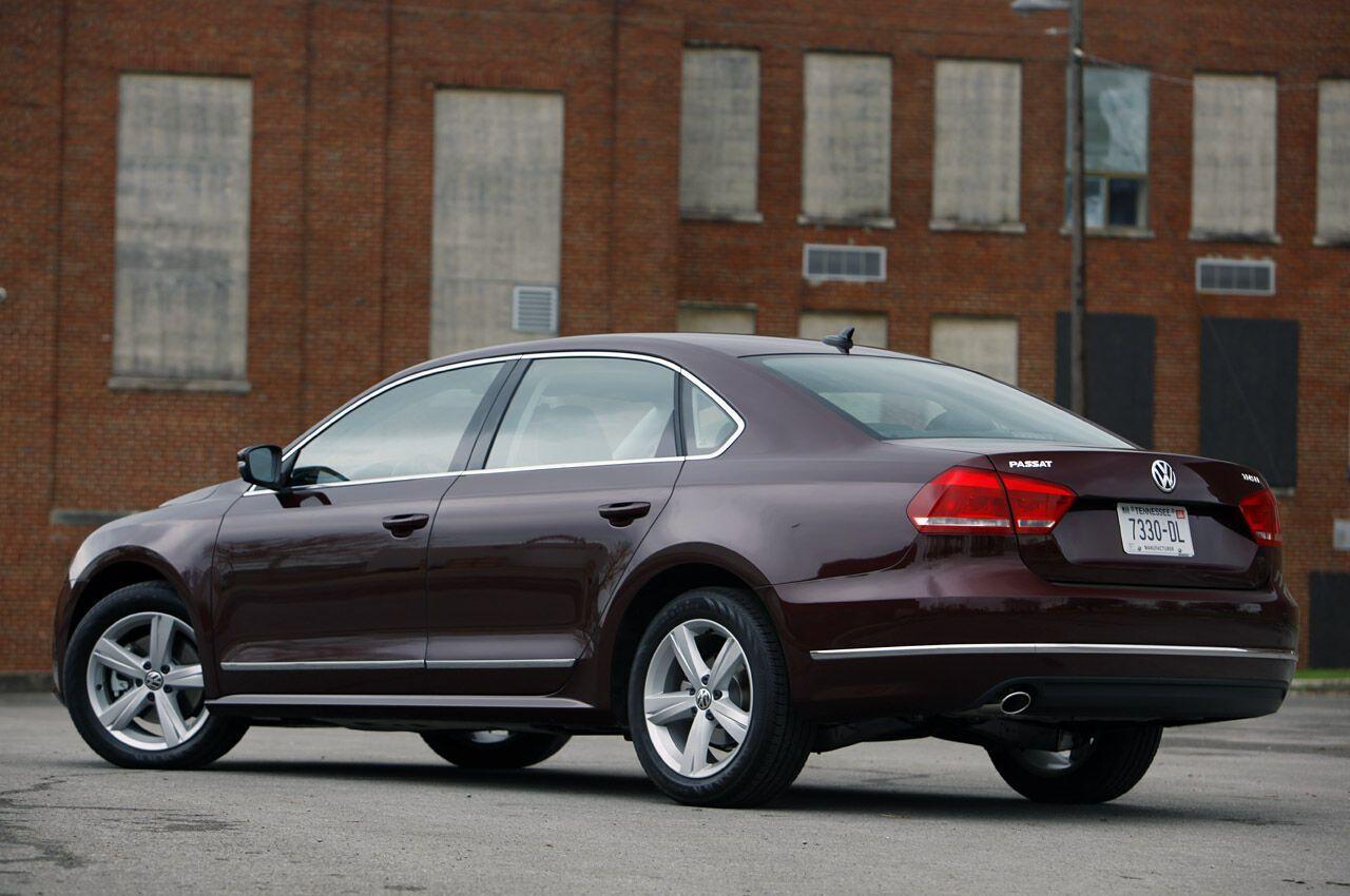 Volkswagen Passat TDI продавался в США в двух комплектациях - SE и SEL