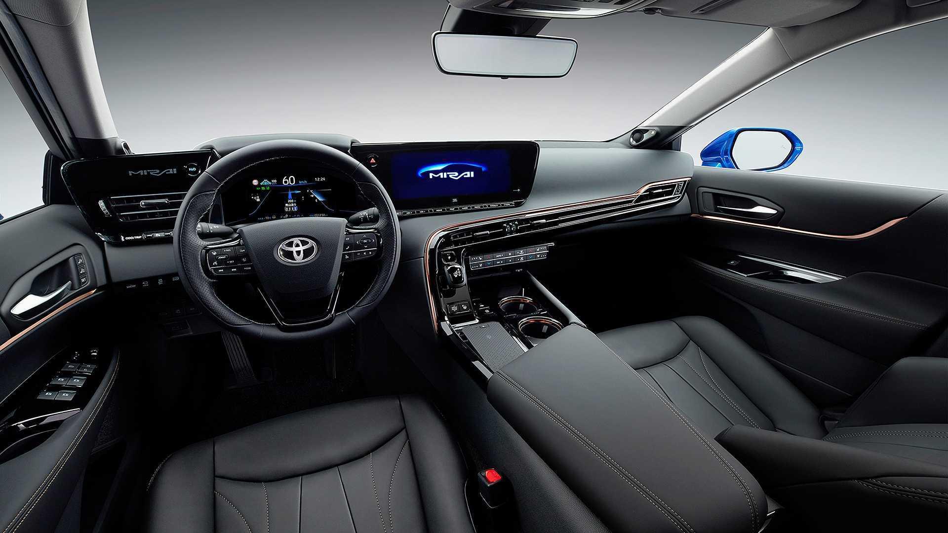 Теперь Toyota Mirai – не только технологичный, но и роскошный автомобиль