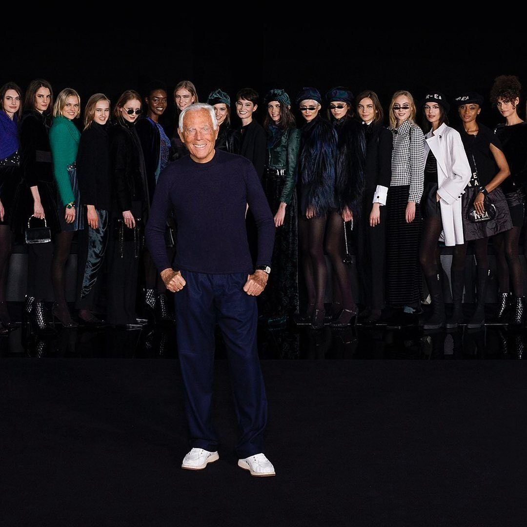 Giorgio Armani провел показ без зрителей