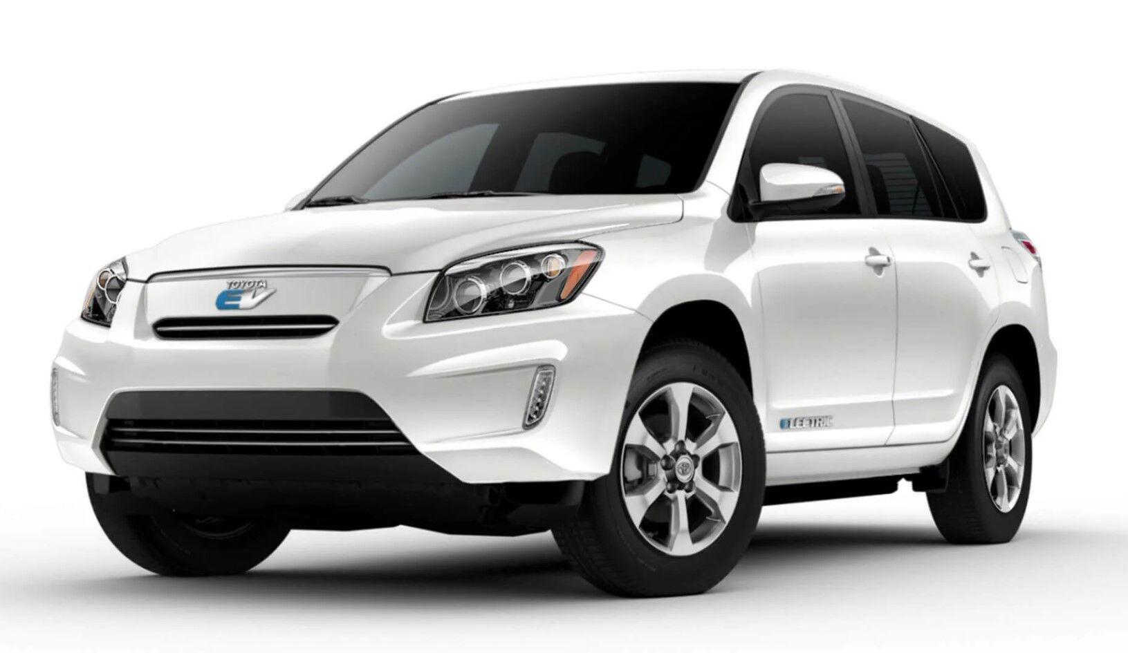Электромобиль Toyota RAV4 – смелая, но не слишком удачная попытка
