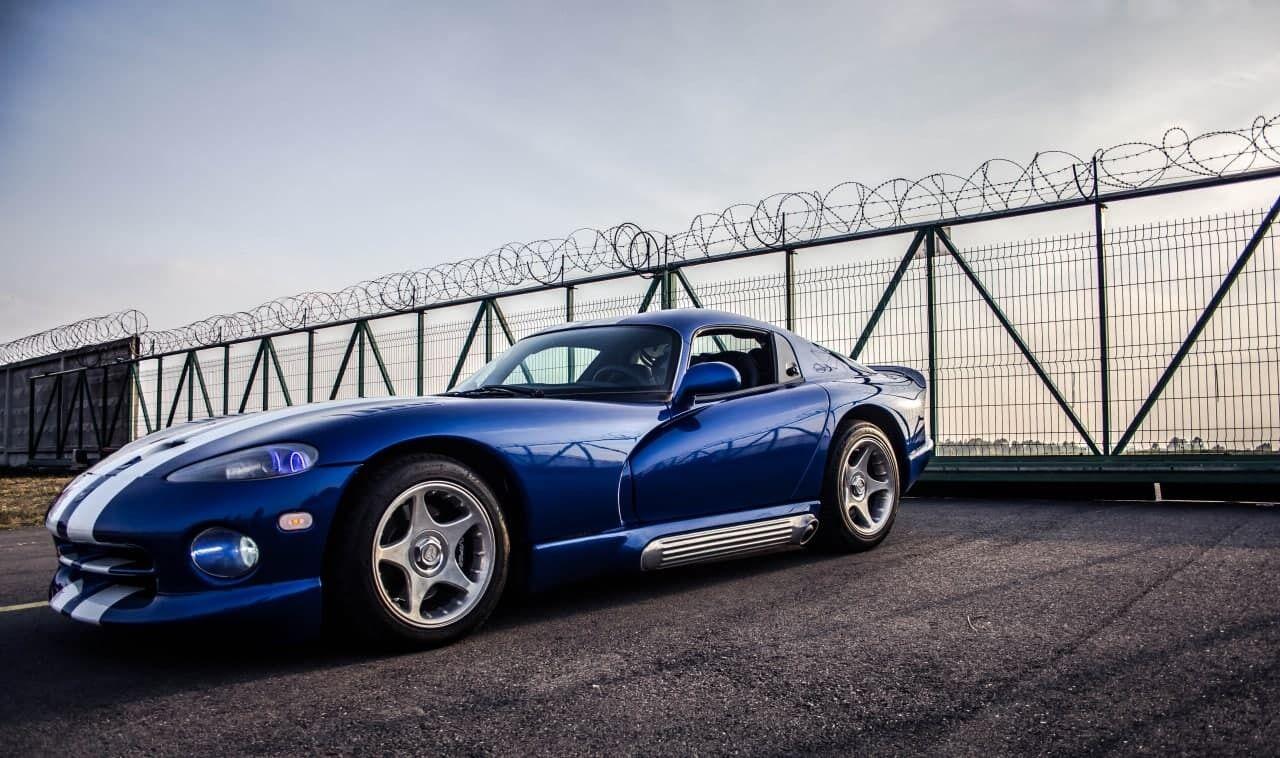 Dodge Viper GTS - всего было выпущено менее 2 000 таких авто