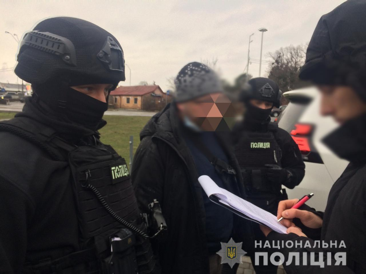 Злоумышленника задержали правоохранители.