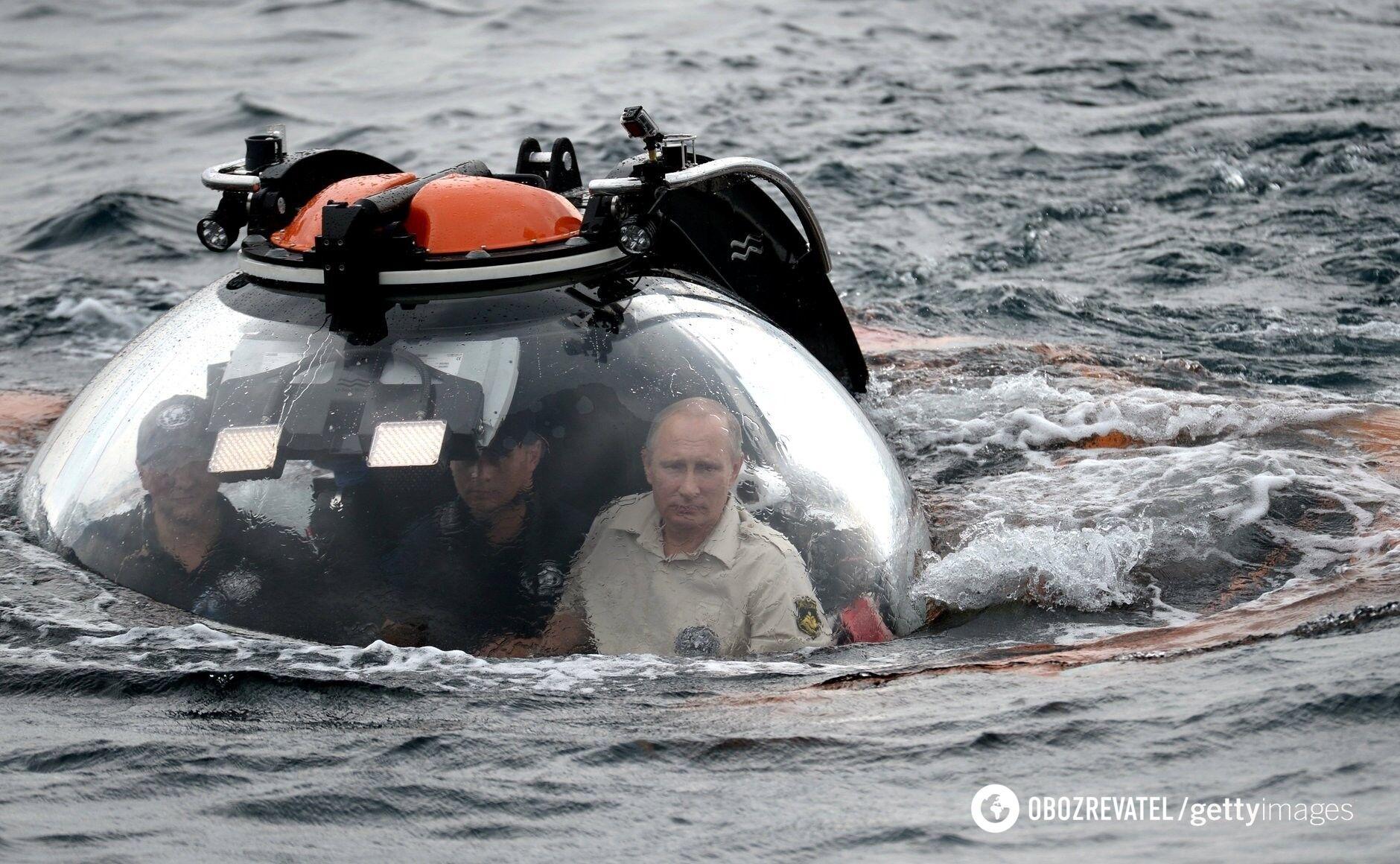 Росія ніколи сама не відмовиться від Криму, заявив Бабін.