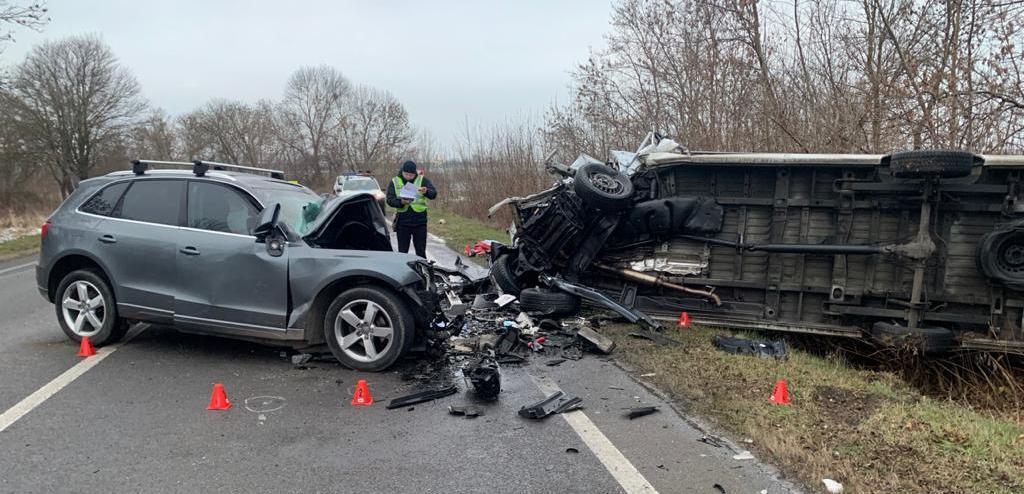Водитель Audi погиб на месте аварии