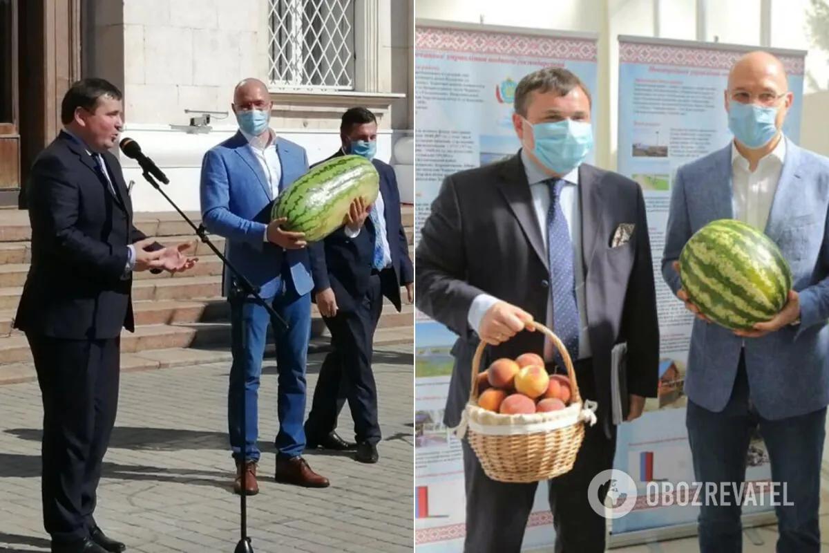 Гусев подарил Шмыгалю самый большой арбуз сезона