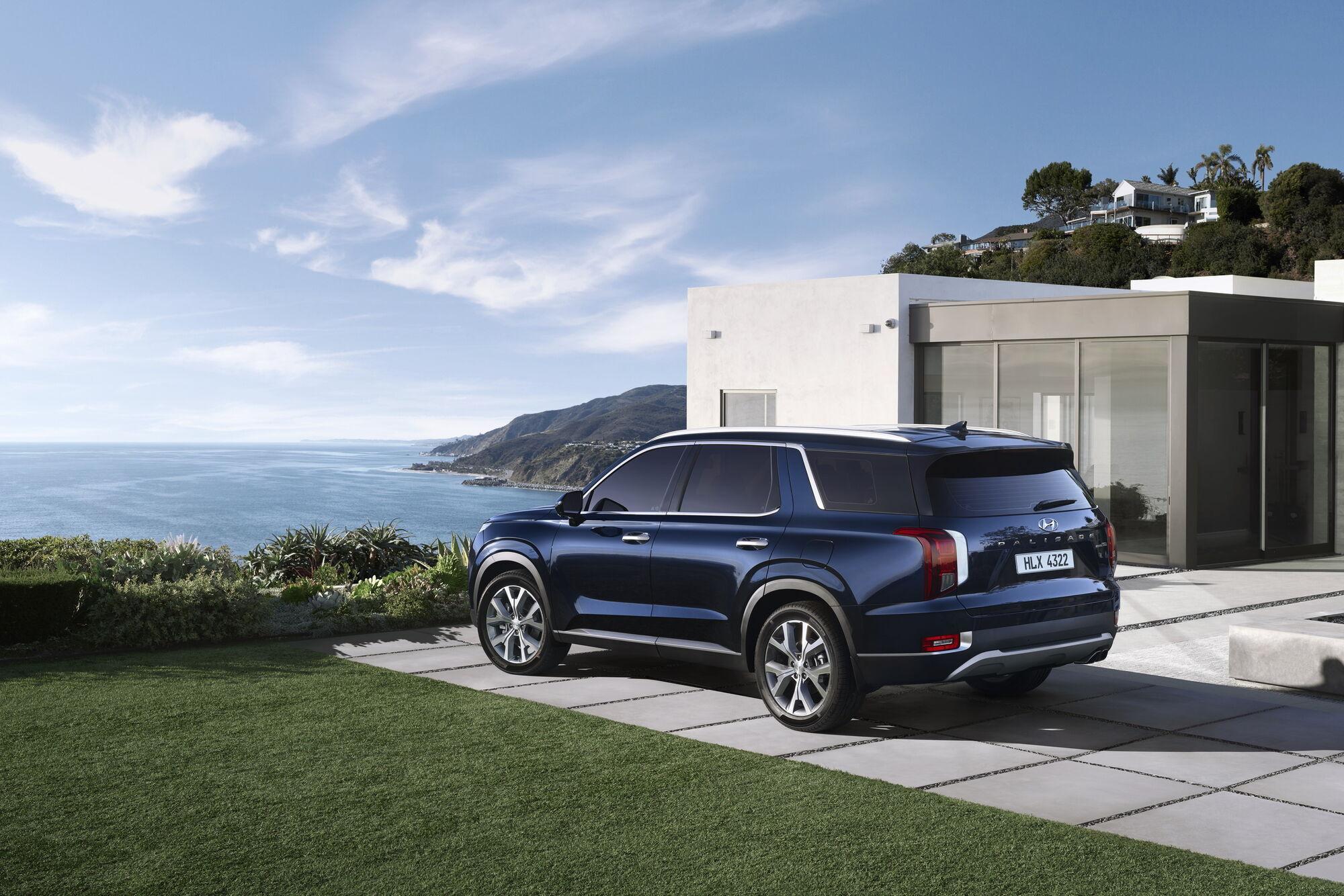 Hyundai Palisade представлен украинским потребителям в двух комплектациях – Executive и Premium