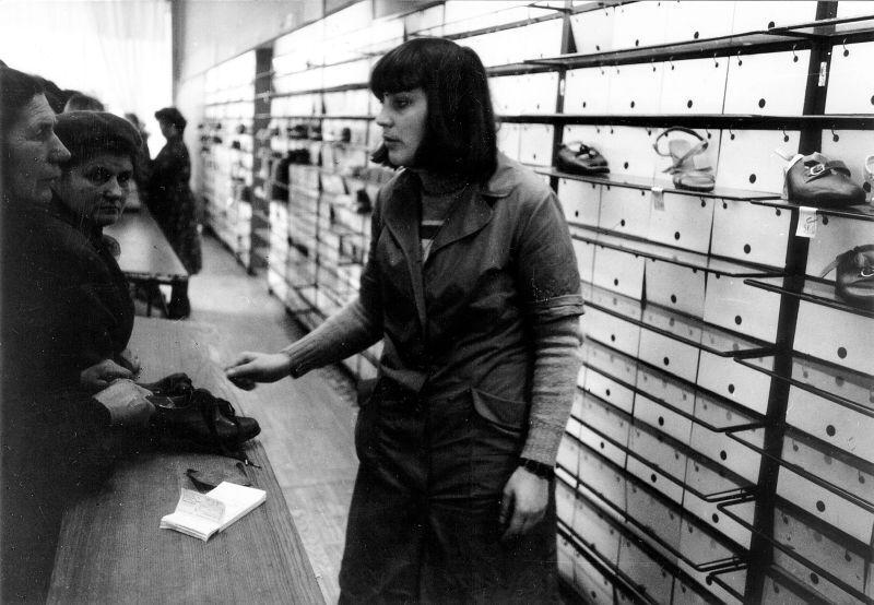 Покупки товарів у СРСР за талонами, кінець 1980-х років