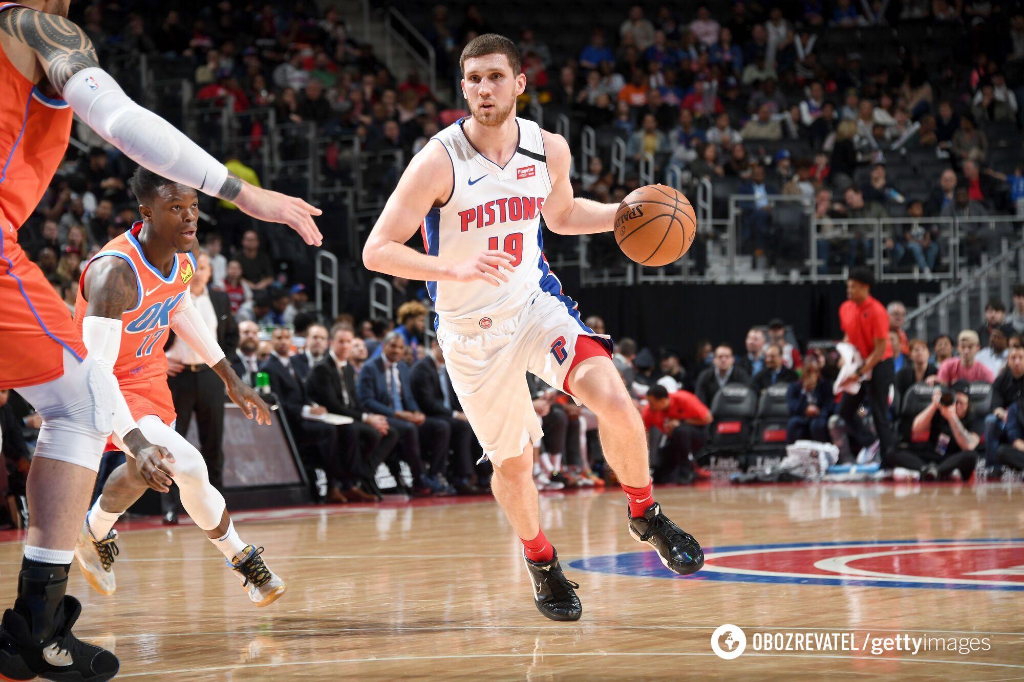 Святослав Михайлюк во время матча НБА