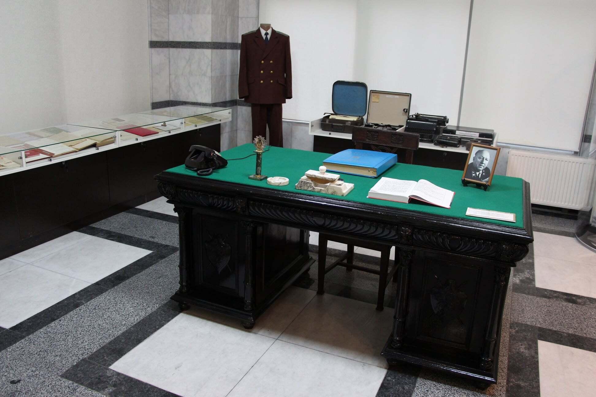Музей у холі Офісу генпрокурора України