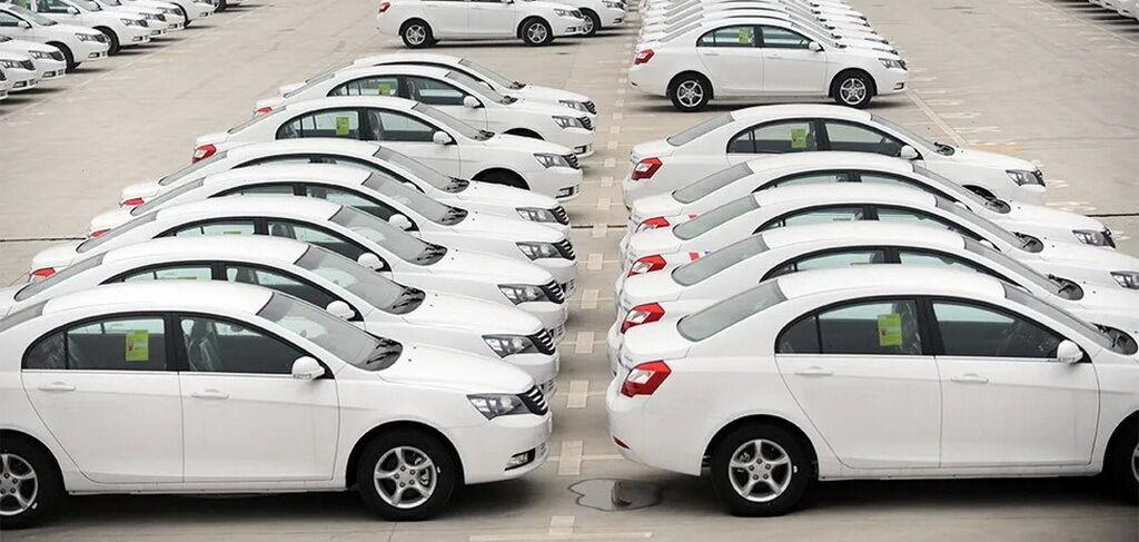 В Туркменистане решили перекрасить все авто в белый цвет