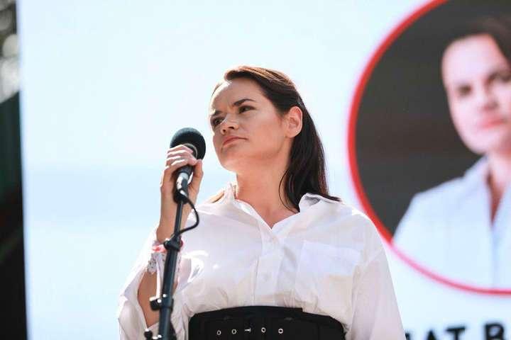 Тихановська після сфальсифікованих виборів у Білорусі продовжує займатися політикою