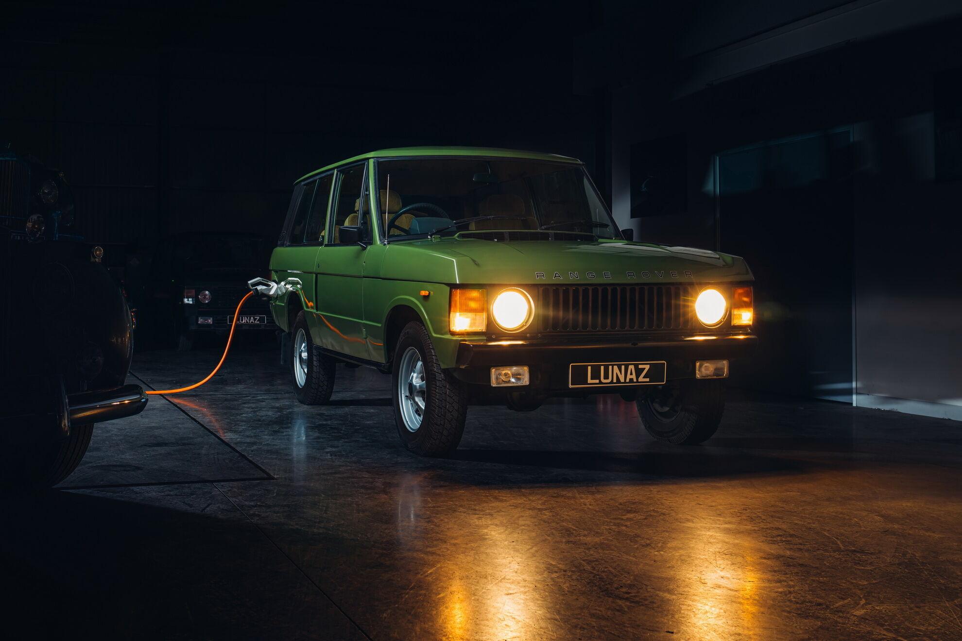 Электрический Range Rover будет предложен в двух спецификациях – Town и Country