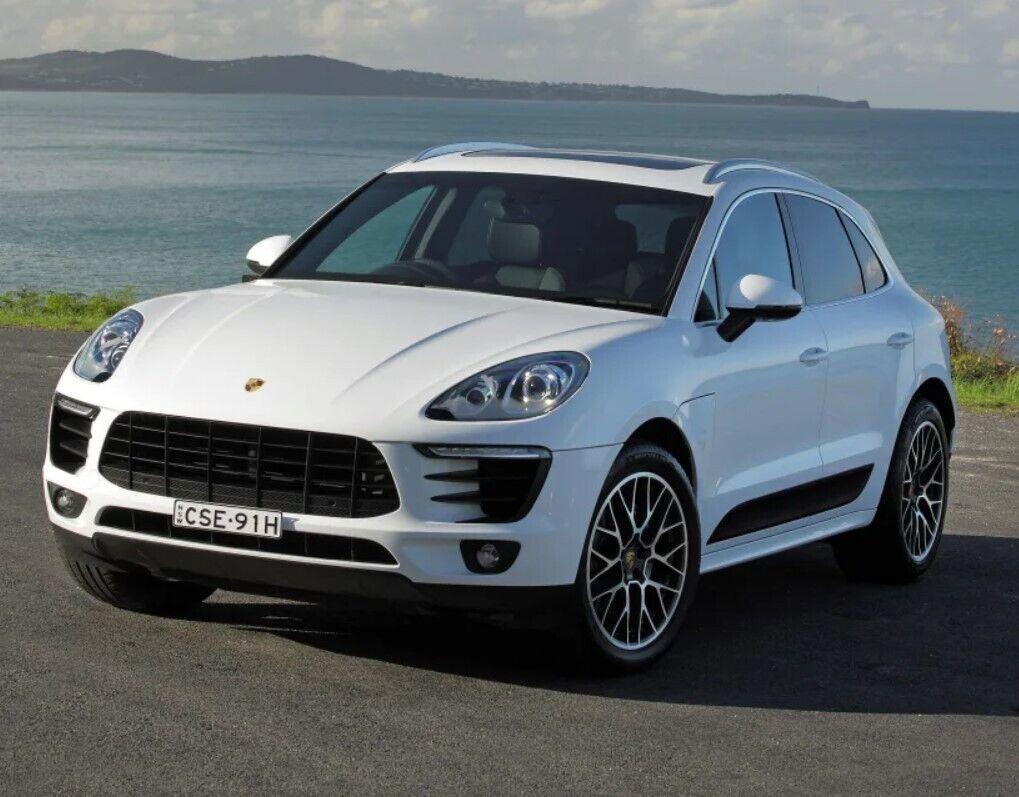 Останнім часом компанія Porsche захопилася повсякденними автомобілями.