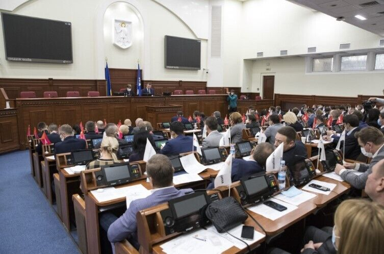 Кличко отметил, что в нынешней ситуации, все должны понять, что Киевсовет – прежде всего хозяйственный орган