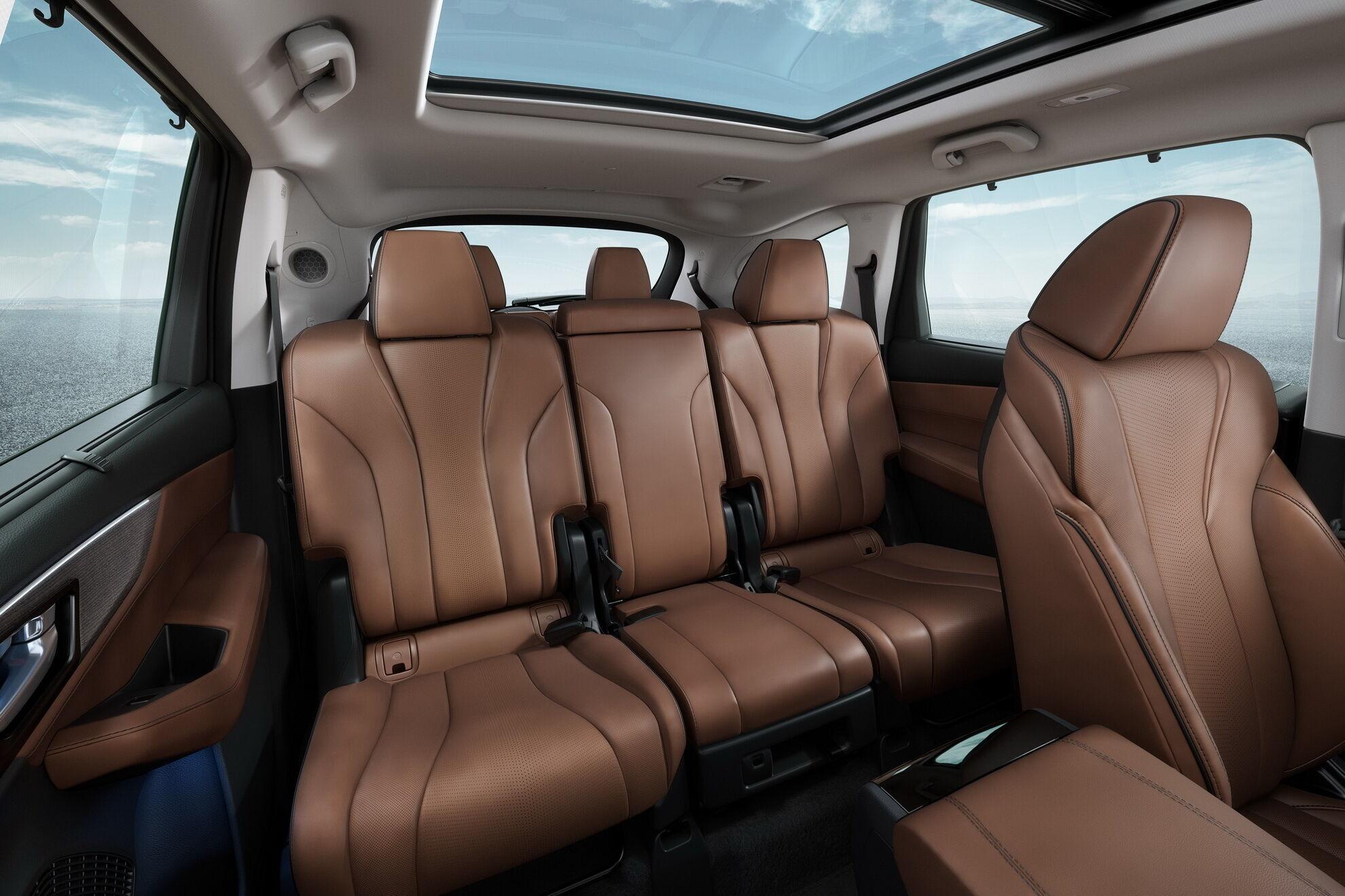 2022 Acura MDX отримала 7-місцевий салон з індивідуальними кріслами