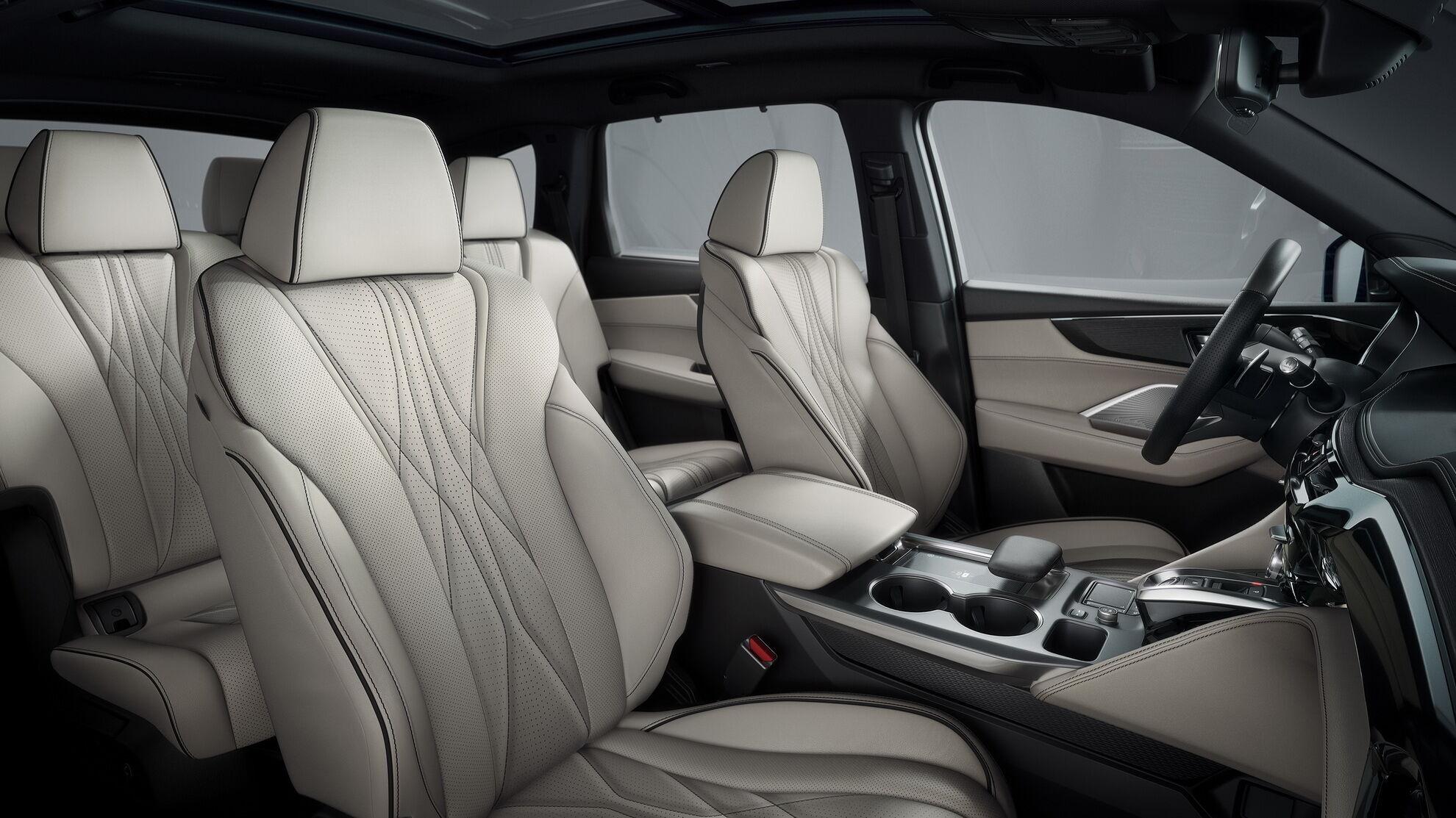 Cалон Acura MDX Type S відрізняється більш багатою комплектацією та оздобленням