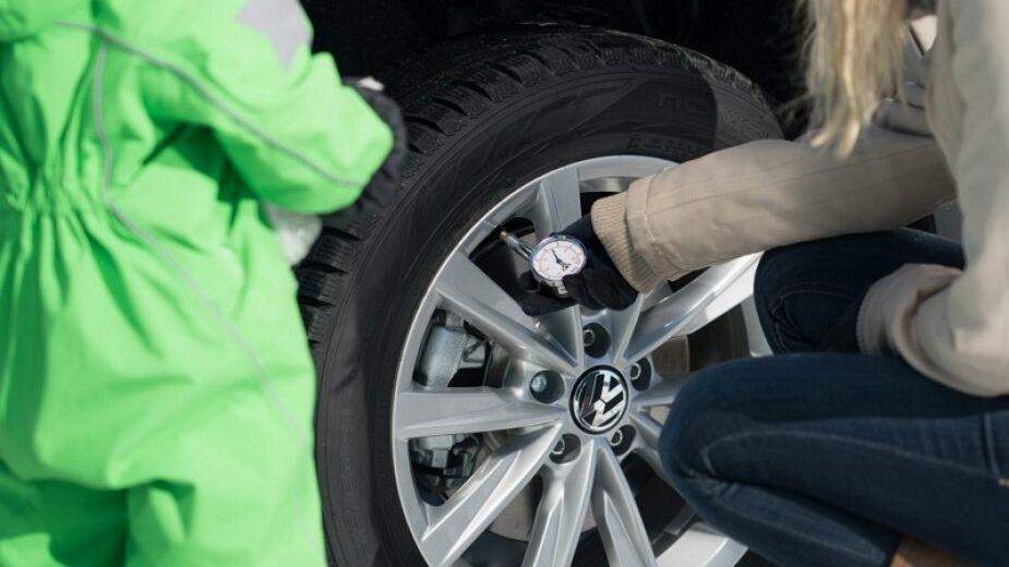 Не стоит зимой увеличивать давление в шинах - это миф