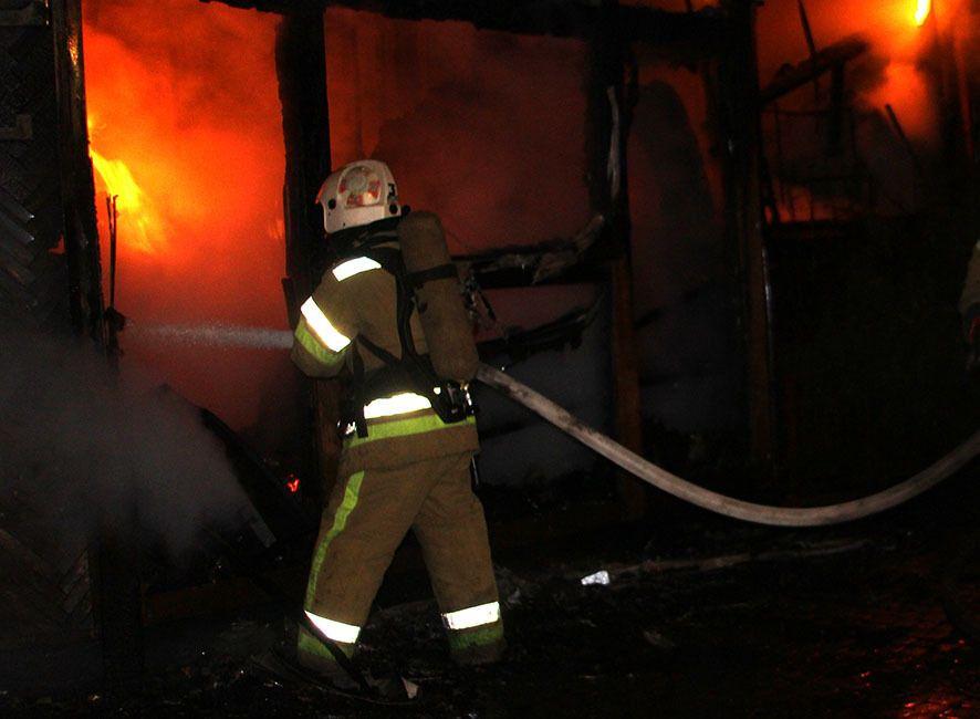 Вогонь в історичній будівлі в центрі Полтави поширився за лічені хвилини.