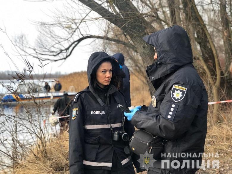 У Києві з річки виловили голову чоловіка