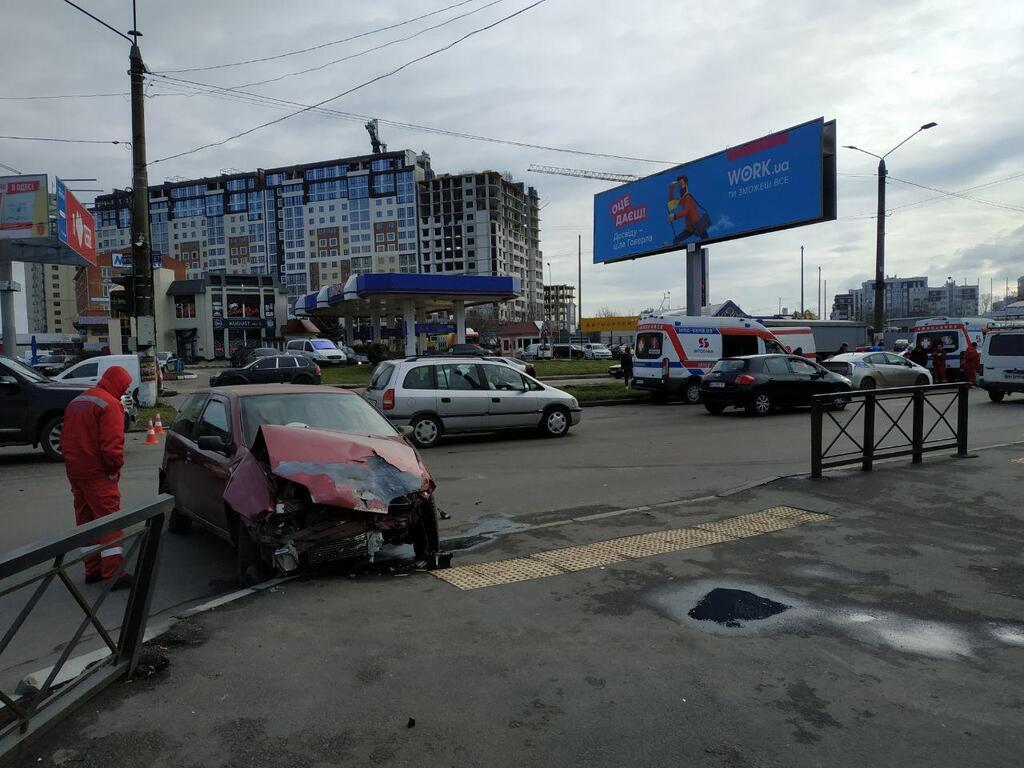 """в Одессе произошло ДТП с участием автомобиля """"скорой"""""""
