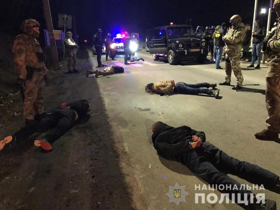 Затримання підозрюваних у стрілянині в Мукачевому