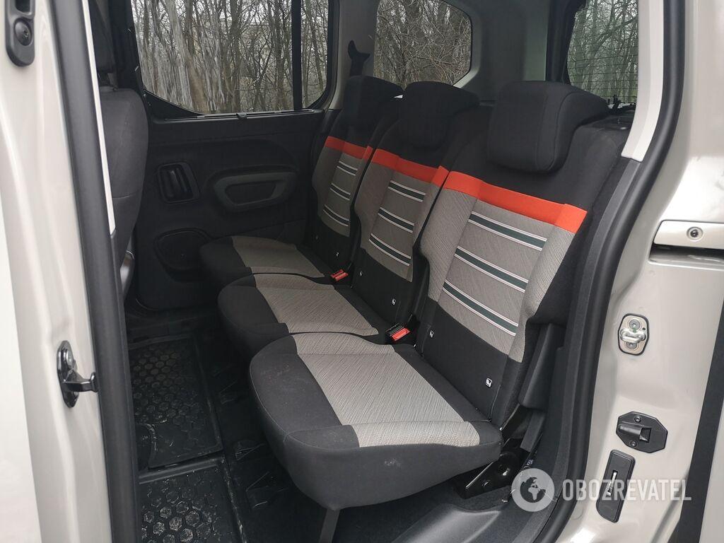 Citroen Berlingo можно заказать как в 5-, так и 7-местном исполнении независимо от размеров колесной базы