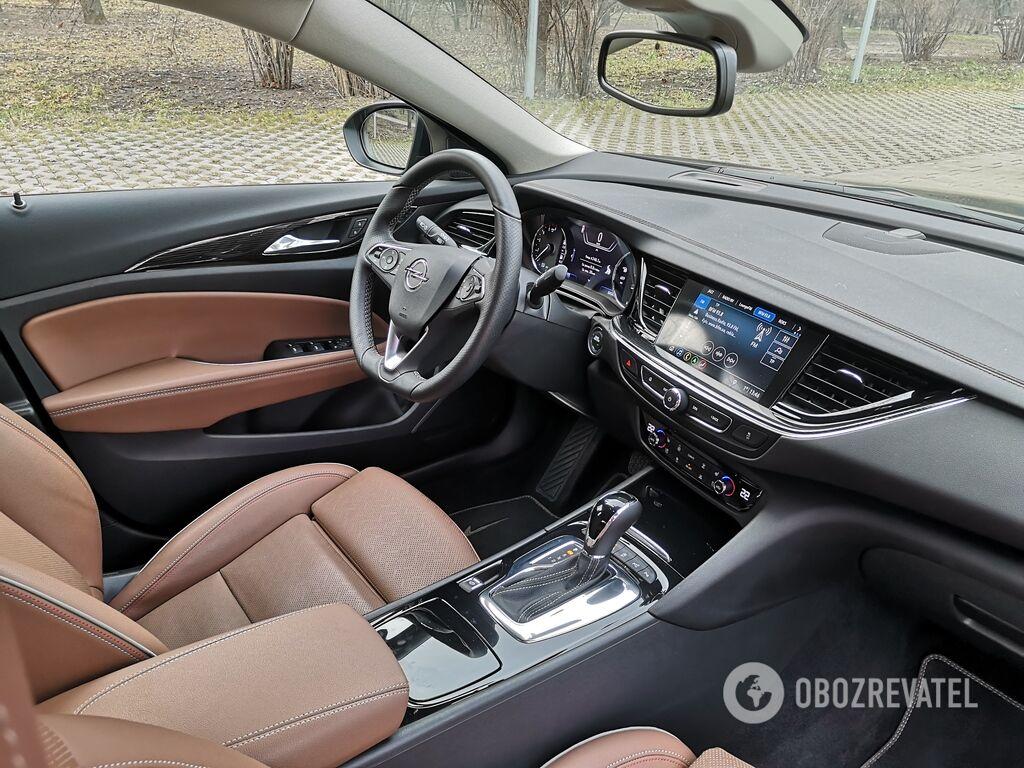 Opel Insignia так же хороша внутри, как и снаружи
