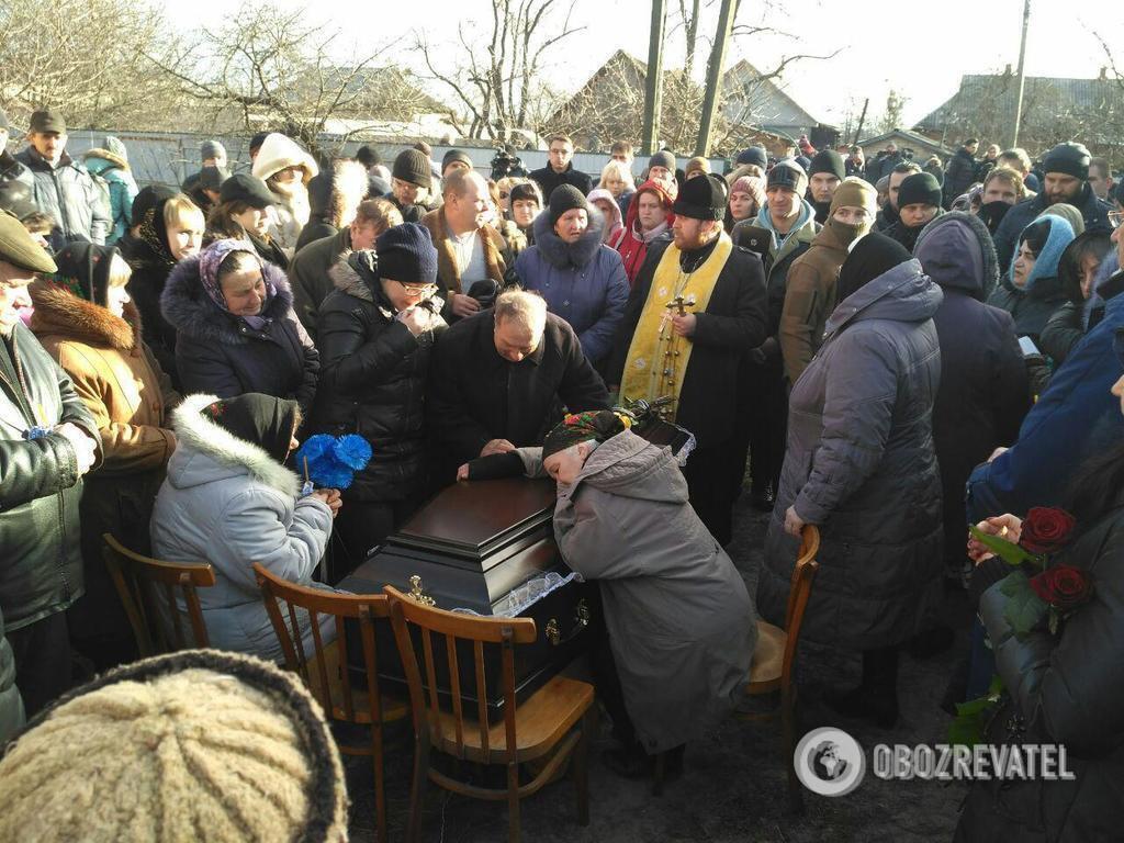 Похорон Ірини Ноздровської в її рідному селі Демидів