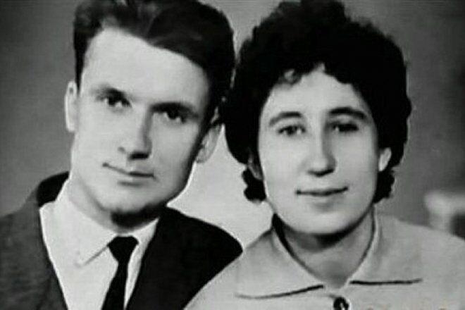 Андрій Чикатило з дружиною