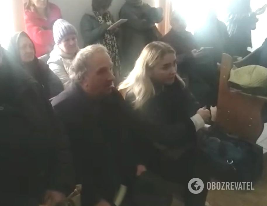Отец Светланы Сергей Дуняк с внучкой Анастасией Ноздровской