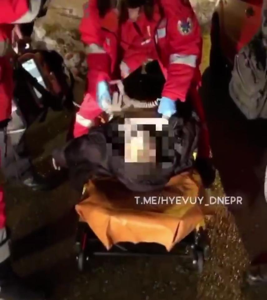 Таксист помер за кермом у Дніпрі