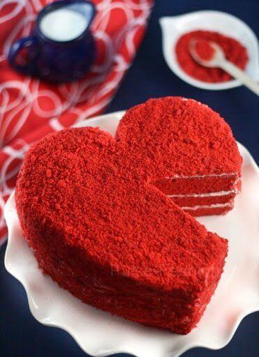 Торт в форме сердца на 14 февраля